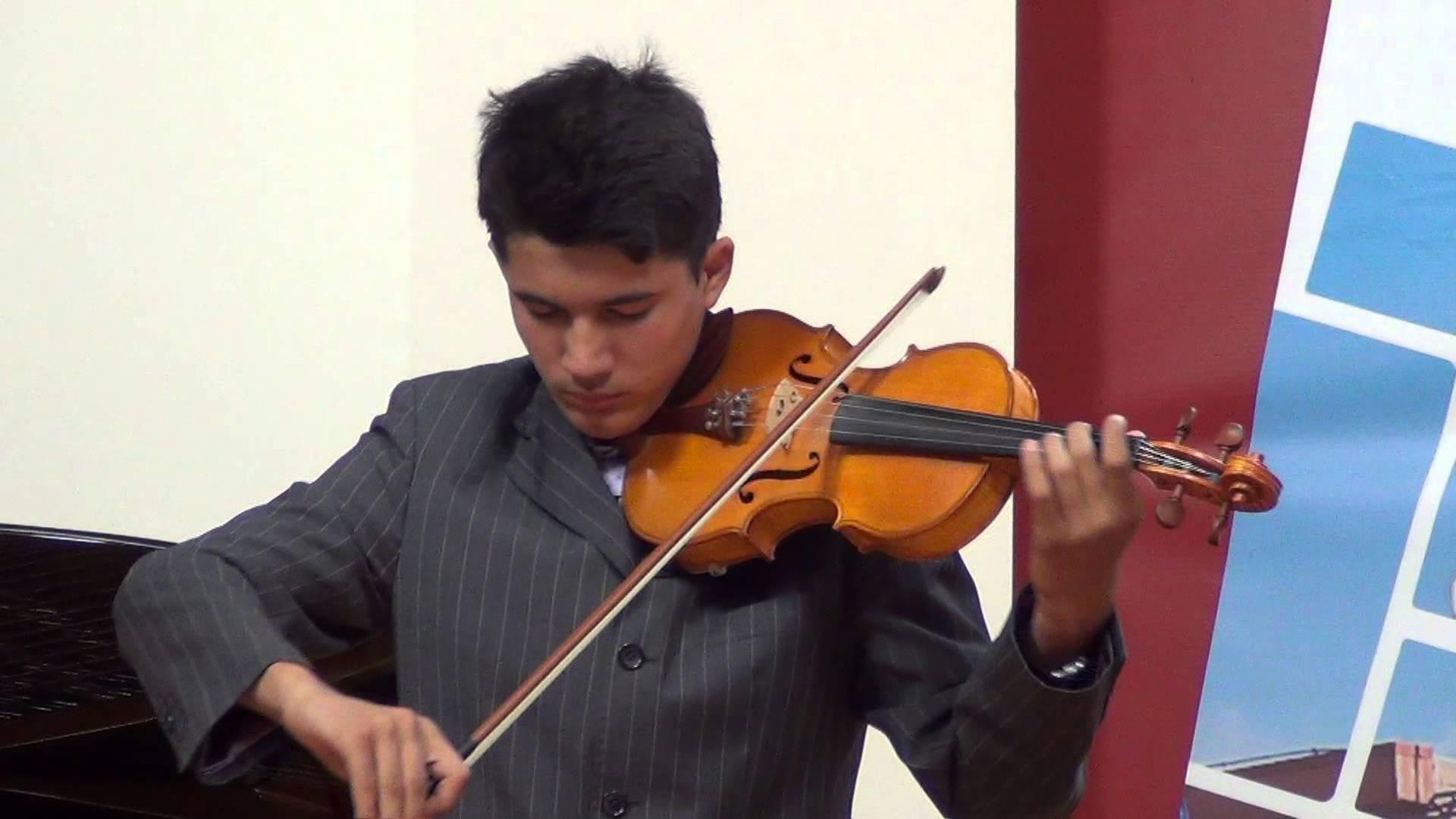 "Festivalul de muzica si creatie  ""Vreau sa cant "" CERNICA 2013"