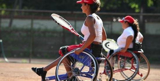 Şapte lucruri pe care le-am învăţat de la persoanele cu dizabilităţi