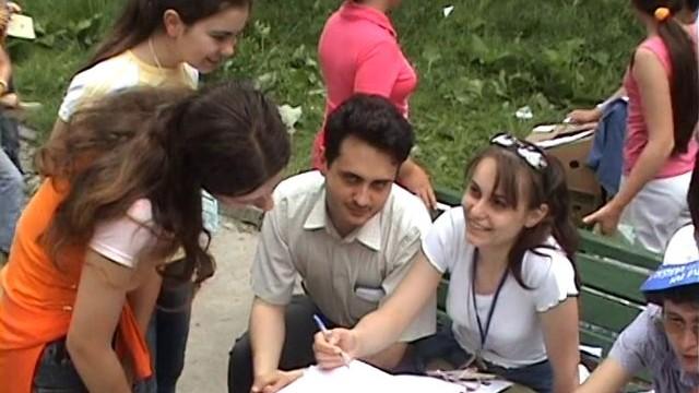 2005 mai – Oraselul copiilor, rezumat   iCer
