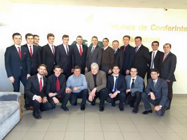 2. Echipa din Moldova