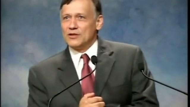 Edy Constantinescu 2004 – Romanii in profetie-1.Furtuna perfecta  iCer