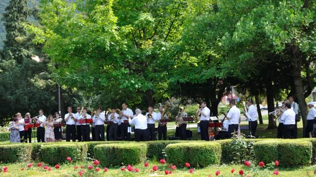 Urca pe munte – Pro Musica Sacra Tg. Mures – dirijor: Vasile Cazan