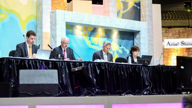 Cum sunt alesi liderii Bisericii Adventiste?