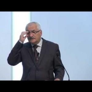 Valeriu Petrescu  – Forma sau fondul?