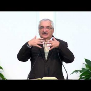 Valeriu Petrescu – Biserica evanghelizează, lumea secularizează!