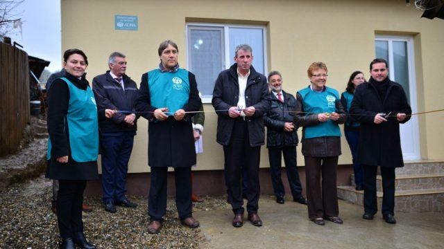 Darul primit înainte de iarnă de familia Stavarache din partea ADRA România