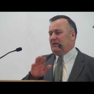 Cornel Pavel – De ce neghină și în biserică?